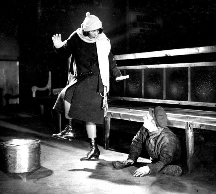 The Girl with a Hatbox The Girl with a Hat Box Yorkshire Silent Film Festival