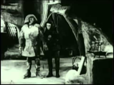 The Golem (1915 film) Der Golem 1915 Paul Wegener and Henrik Galeen YouTube