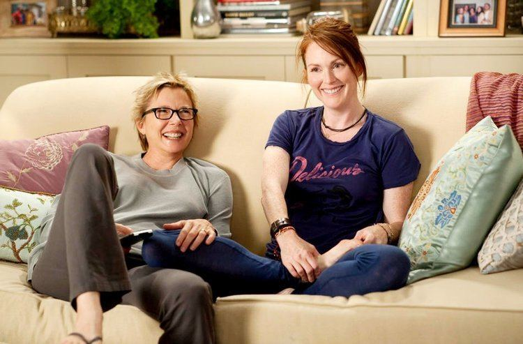The Kids Are All Right (film) movie scenes But the scenes with her and Julianne Moore were amazing You know for a lesbian movie there s really not much lesbian content as far as sex goes