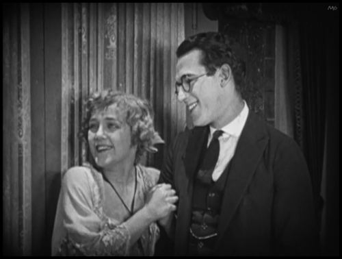 The Last Man on Earth (1924 film) httpsscifistfileswordpresscom2014091924l