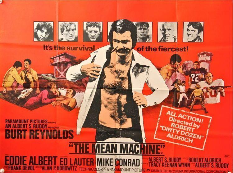 The Longest Yard (1974 film) MOVIE REVIEW BURT WEEK The Longest Yard 1974 Bored and