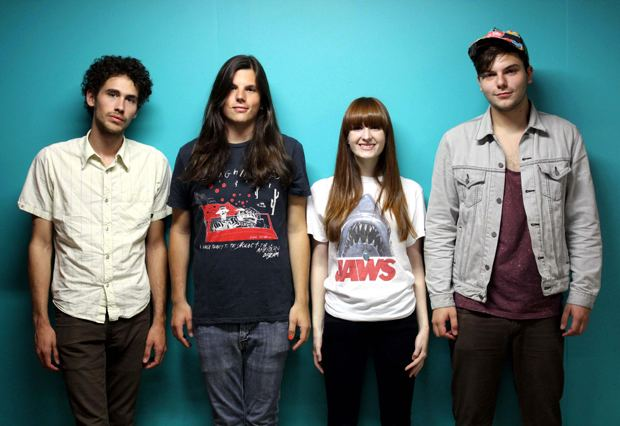The Lovely Bad Things The Lovely Bad Things New GhostOld Waves EP LADYGUNN