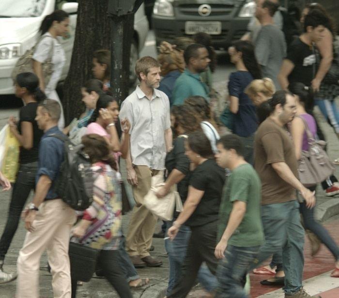 The Man of the Crowd (film) Crtica de Filme O Homem das Multides Blah Cultural