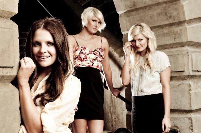 The McClymonts THE MCCLYMONTS the AU review