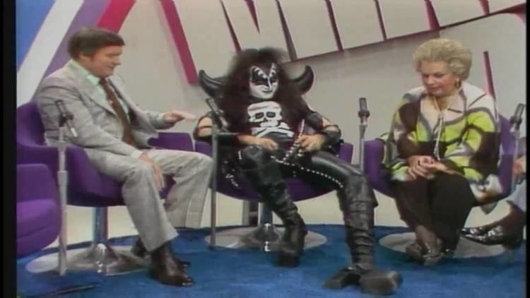 The Mike Douglas Show KISS The Mike Douglas Show Interview YouTube