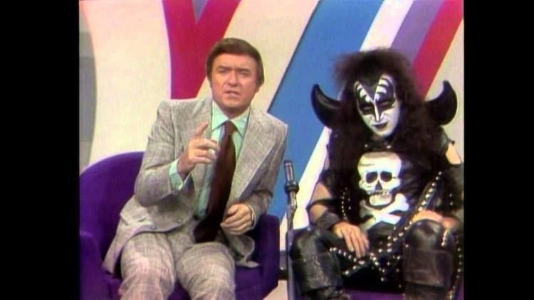 The Mike Douglas Show KISS The Mike Douglas show US TV 24 avril 1974 YouTube