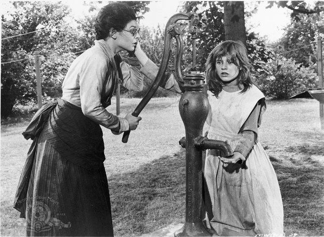The Miracle Worker (1962 film) Watch The Miracle Worker 1962 Movie Download in HD Anne sullivan