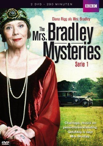 The Mrs Bradley Mysteries The Mrs Bradley mysteries Complete Series 1 1998 Amazoncouk