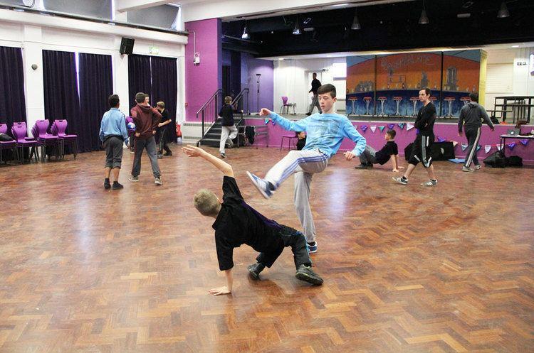 The Nuneaton Academy Nuneaton Academy Boys Dancing