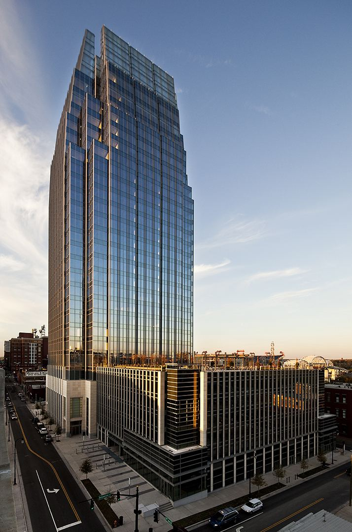 The Pinnacle at Symphony Place eoaarchitectscomwpcontentgallerythepinnacle