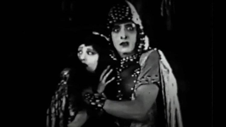 The Queen of Sheba (1921 film) The Queen of Sheba 1921 Lost Film YouTube