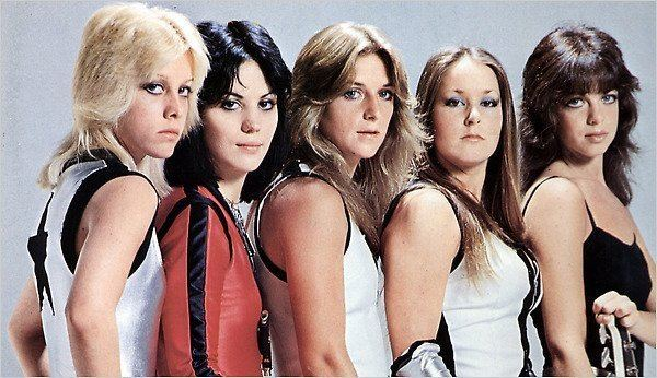 The Runaways The Runaways39 The Girls Who Kicked In Rock39s Door The New York Times