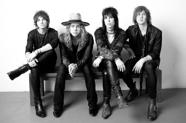 The Struts The Struts Premiere Live Version of 39Put Your Money On Me39 From