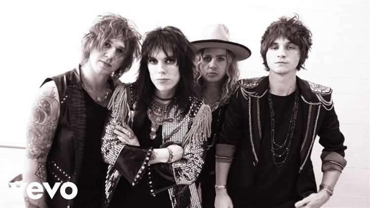 The Struts The Struts Kiss This Official Video YouTube