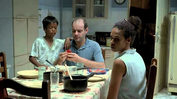 The Tenants (2009 film) The Tenants Os Inquilinos YouTube