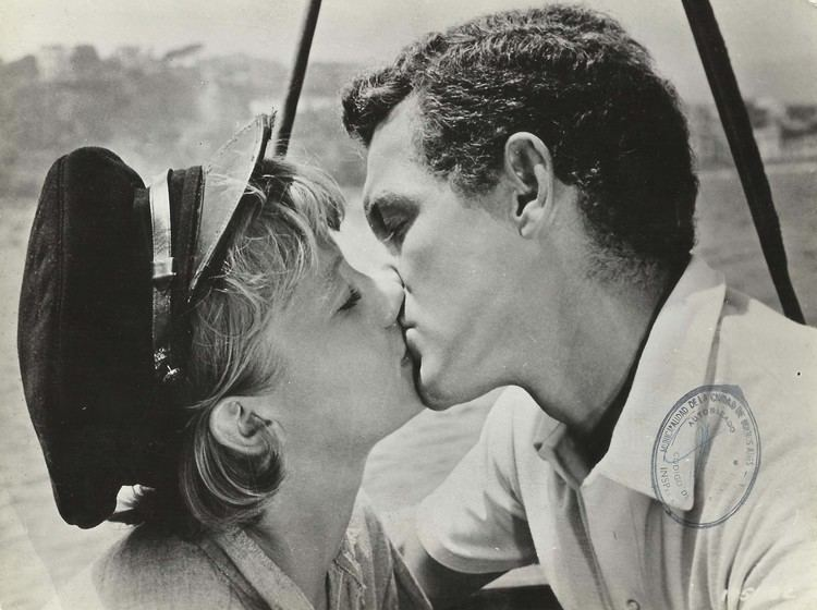 The Truth About Spring HAYLEY MILLS JAMES MacARTHUR in The Truth About Spring Original