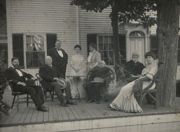 Thomas Brackett Reed CleavelandHousePorch1902webjpg