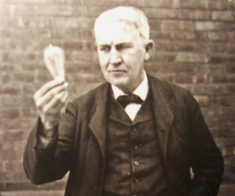 Thomas Edison Thomas Edison Biography Childhood Life Achievements Timeline