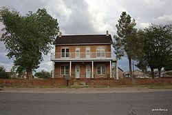 Thomas Leavitt House httpsuploadwikimediaorgwikipediacommonsthu