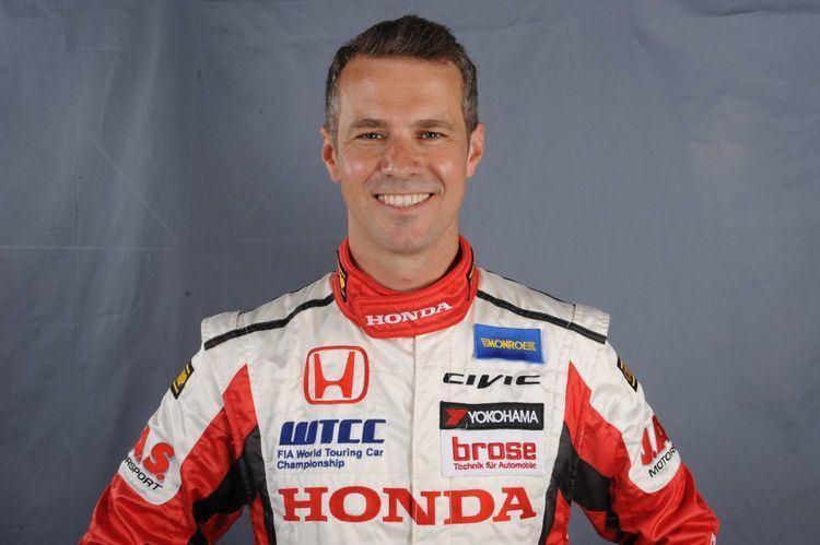 Tiago Monteiro Tiago Monteiro j testou Honda Civic AutoanDRIVE