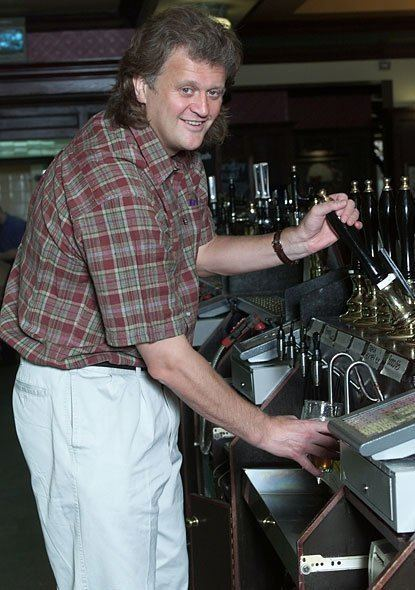 Tim Martin (businessman) Theres no calling time on Spoons Mr Cool London Evening Standard