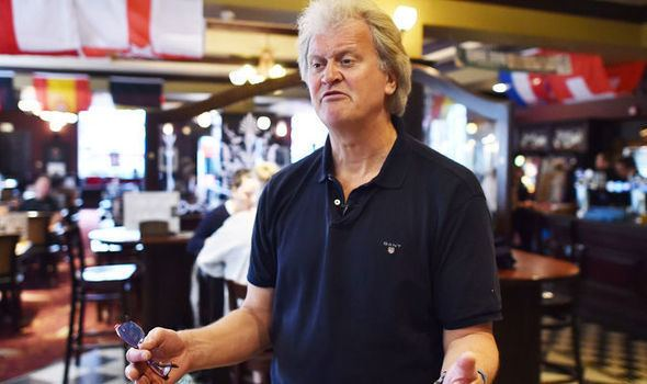 Tim Martin (businessman) Wetherspoons boss Tim Martin calls for Brexit freetrade deal or