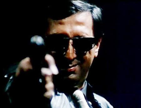 Tinnu Anand I was given the dirty job of offering Amitabh Rs 5000 for the