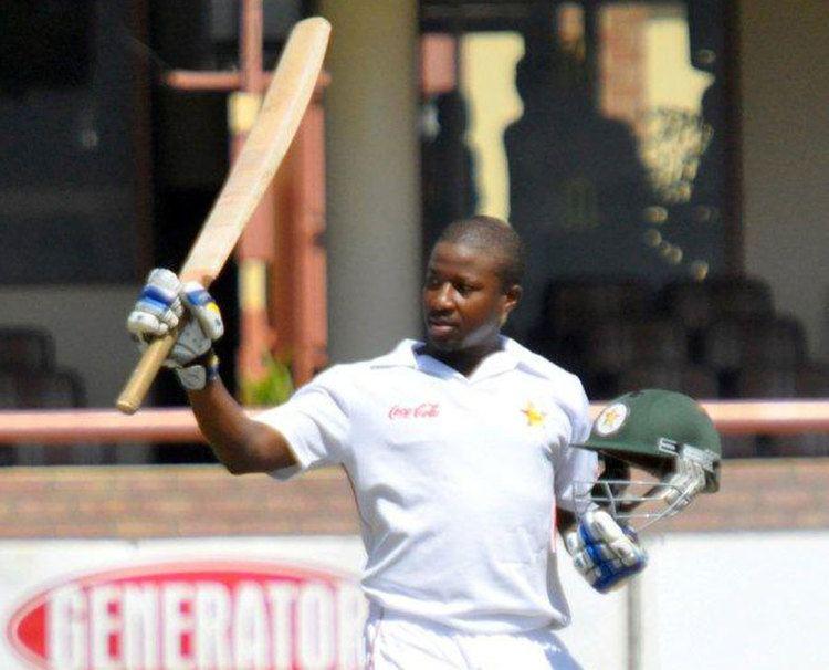 Tino Mawoyo (Cricketer) playing cricket