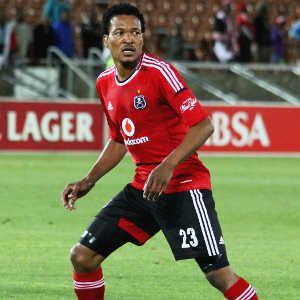 Tlou Segolela Segolela signs new Pirates deal SuperSport Football