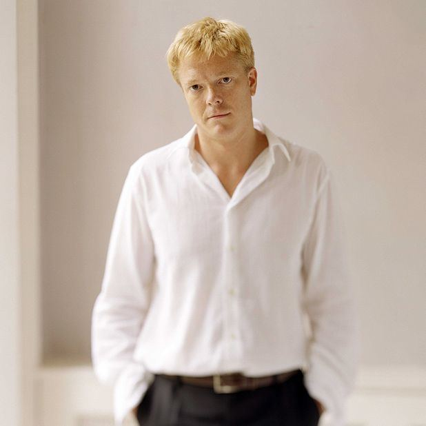 Toby Spence Scottish Ensemble Toby Spence sings Jacques Brel The List