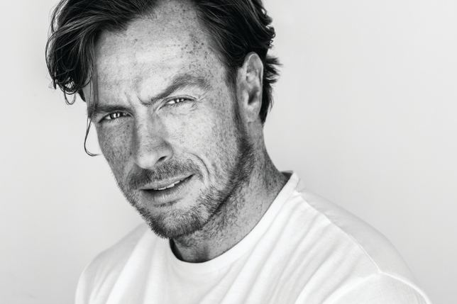 Toby Stephens 8 Questions WithToby Stephens Backstage Actor