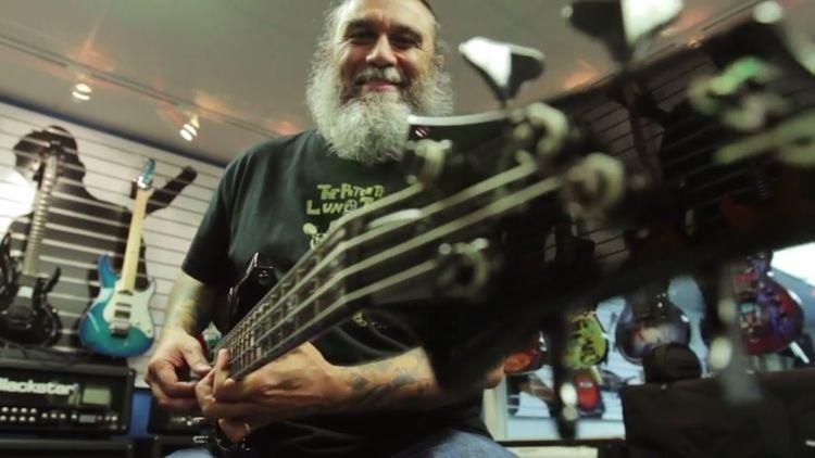 Tom Araya SLAYERs Tom Araya Hits Up ESPs Factory Jams On A New Track