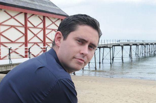 Tom Blenkinsop Teesside MP raises Saltburn Beach issue with Ed Miliband