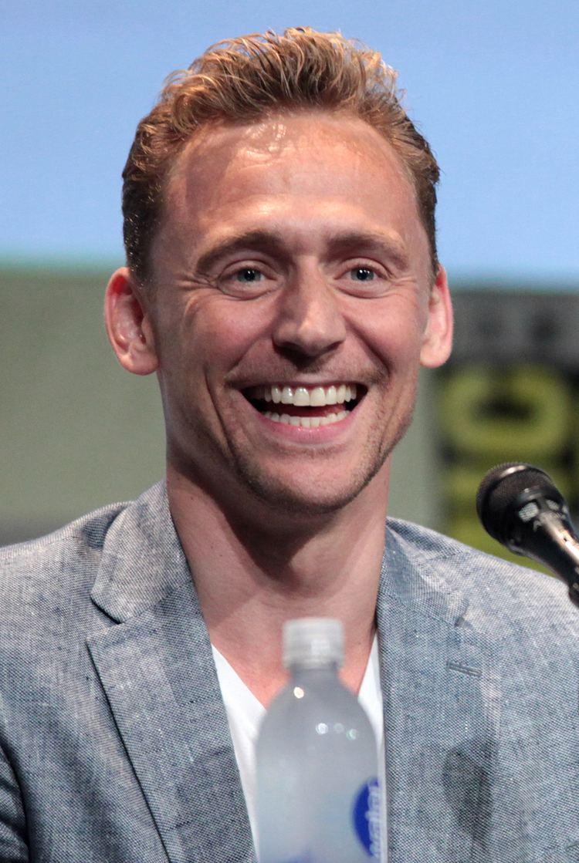 Tom Hiddleston Tom Hiddleston Wikipedia the free encyclopedia