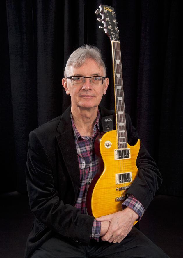 Tom McGuinness (musician) httpswritewyattukfileswordpresscom201403t