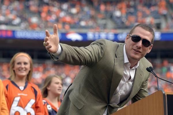 Tom Nalen Tom Nalen inducted into Denver Broncos39 Ring of Fame The