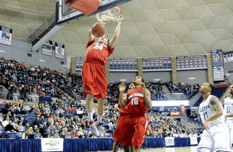 Tommy Brenton 30second timeout with Stony Brook senior mens basketball standout