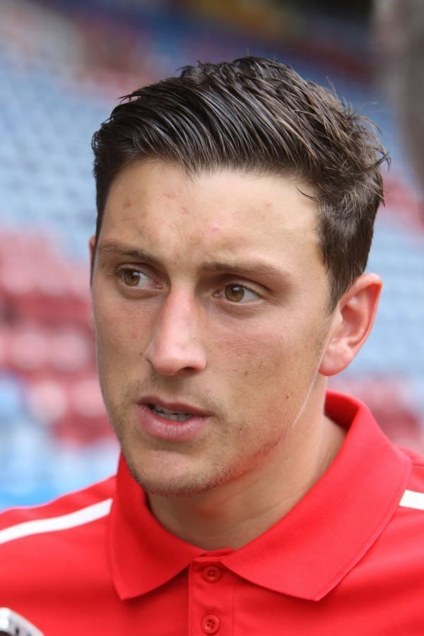 Tommy Elphick wwwbournemouthechocoukresourcesimages3206489