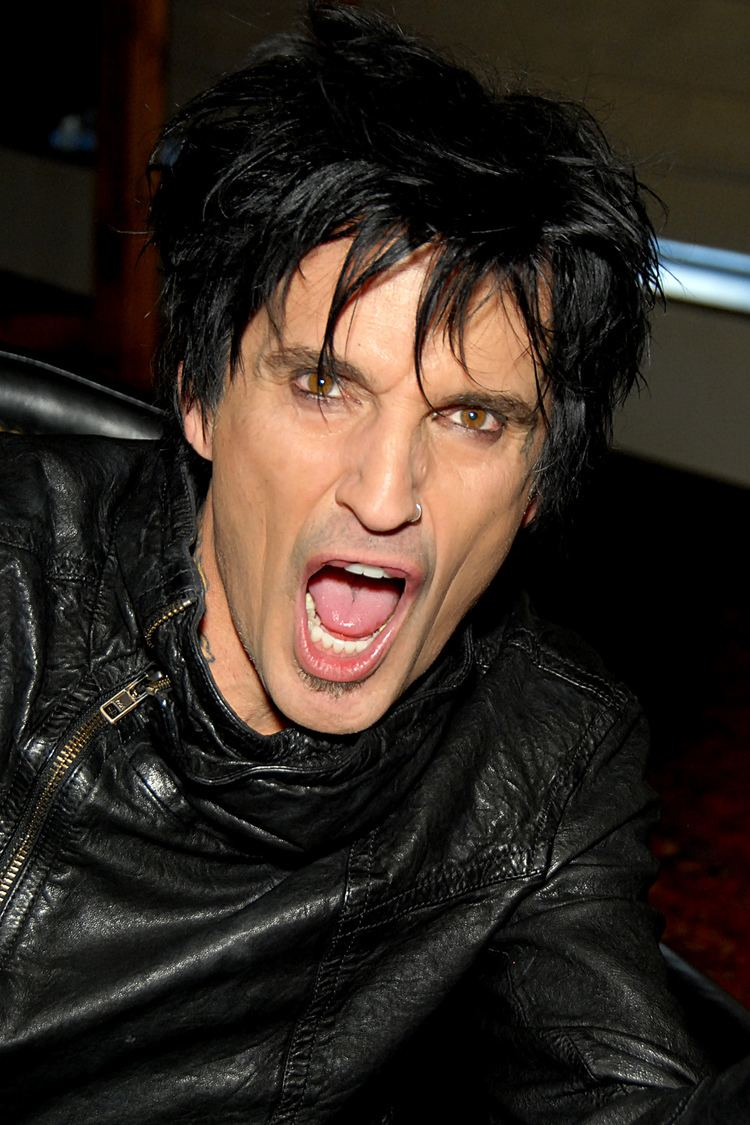 Tommy Lee Tommy Lee Wikipedia the free encyclopedia