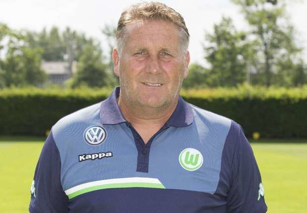 Ton Lokhoff Lokhoff verlengt contract bij Wolfsburg Goalcom