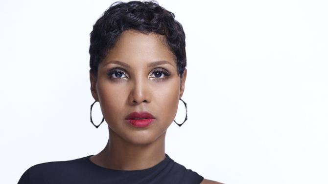 Toni Braxton Toni Braxton39s life story to be told on Lifetime channel