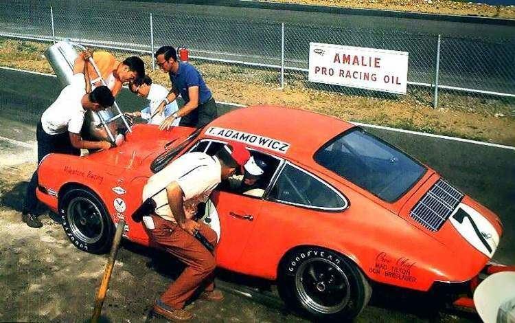 Tony Adamowicz Building Engines with 911 TransAm Champion Tony Adamowicz