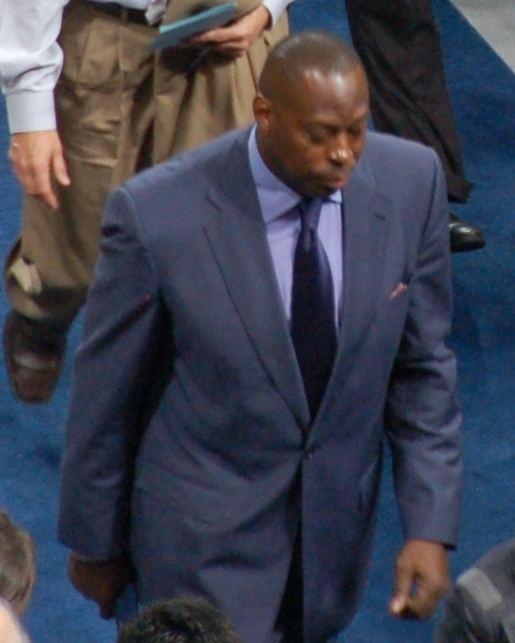 Tony Brown (basketball)