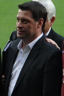 Tony Cottee httpsuploadwikimediaorgwikipediacommonsthu