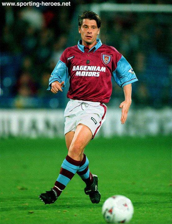 Tony Cottee Tony Cottee West Ham United FC English Football Memories 80s