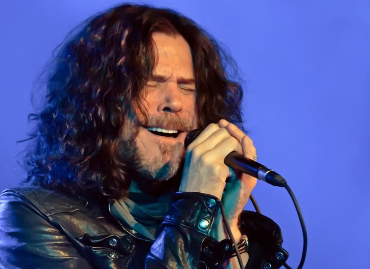 Tony Harnell Tony Harnell and Bumblefoot Performing Acoustically at the