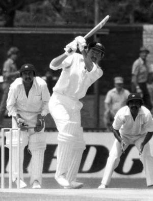 Tony Mann (cricketer) Tony Mann the first nightwatchman century maker Cricket Sport