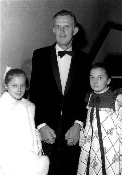 Tony Richardson Tony Richardson with his girls Natasha and Joely Richardson
