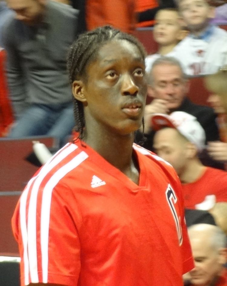 Tony Snell (basketball) Tony Snell basketball Wikipedia the free encyclopedia