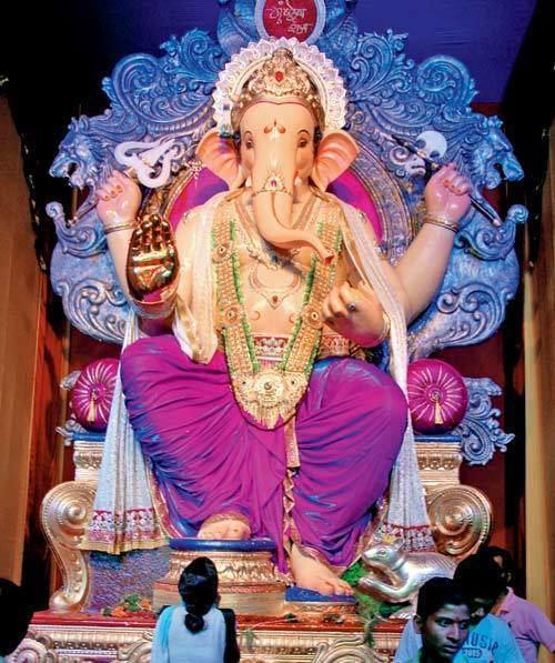 Top 5 Famous Mumbai Ganesh Mandals Top 5 Famous Mumbai Ganesh Mandals